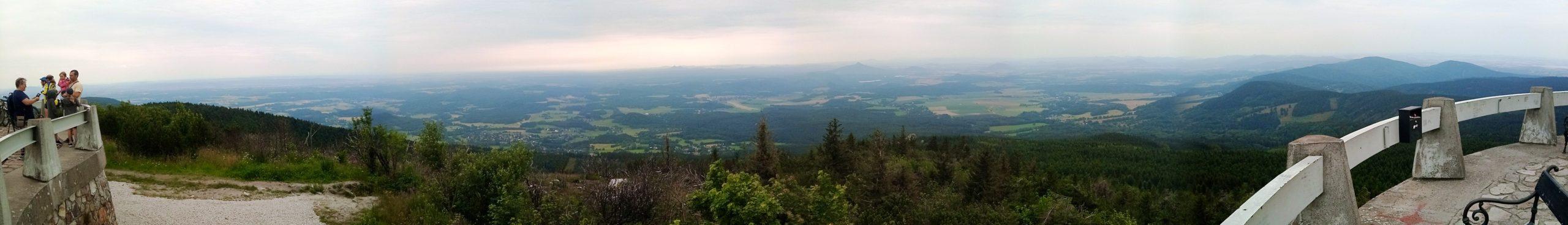 Panorama_z_Jestedu